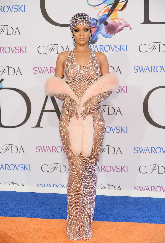 Nackt Rihanna  Rihanna Naked